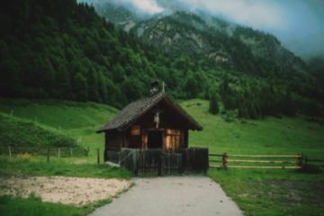 Cele mai importante motive pentru a apela la cabane de închiriat