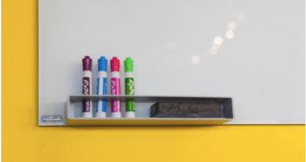 De ce este utilă acasă o tablă magnetică pentru copii